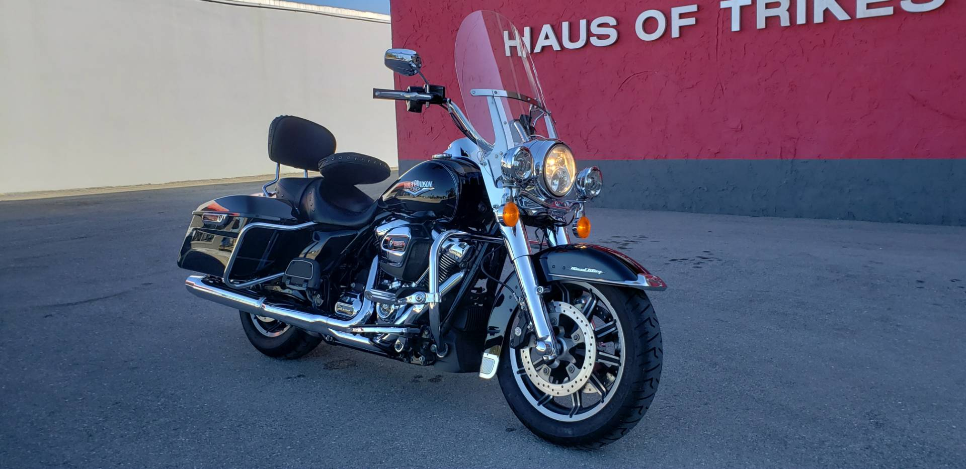 2017 Harley-Davidson Road King® in Fort Myers, Florida - Photo 2