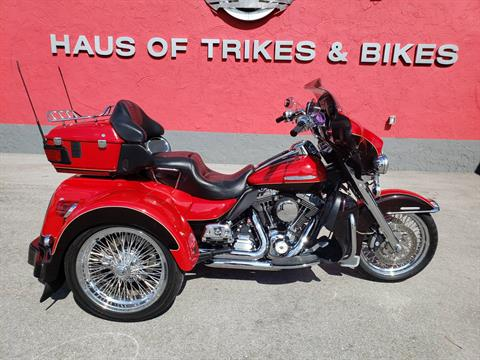 2011 Harley-Davidson ULTRA CLASSIC LIMITED in Fort Myers, Florida - Photo 1