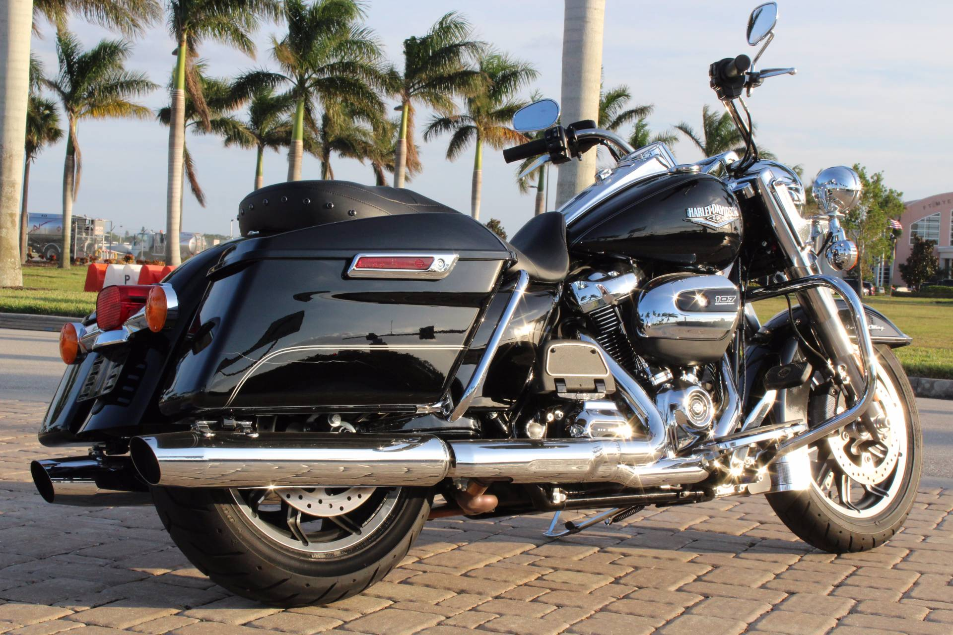 2017 Harley-Davidson Police Road King® in Fort Myers, Florida