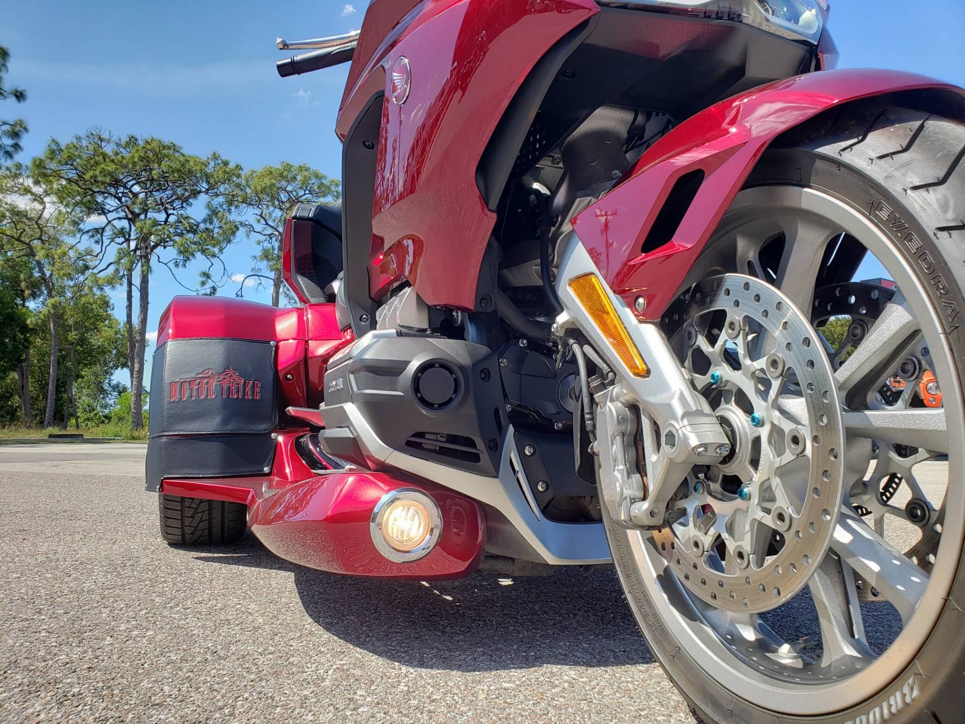2018 HONDA GOLDWING DCT in Fort Myers, Florida - Photo 12