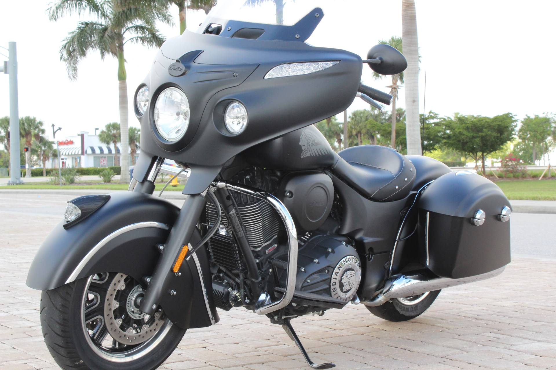2017 Indian Chieftain Dark Horse® in Fort Myers, Florida