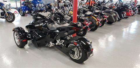 2012 Can-Am Spyder® RS SM5 in Fort Myers, Florida - Photo 2
