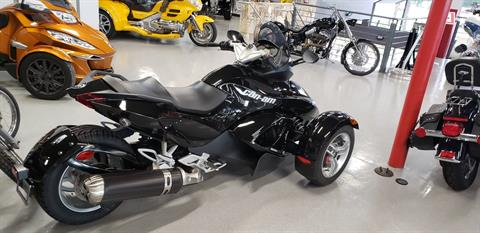 2012 Can-Am Spyder® RS SM5 in Fort Myers, Florida - Photo 4