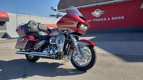 2016 Harley-Davidson CVO™ Road Glide™ Ultra in Fort Myers, Florida