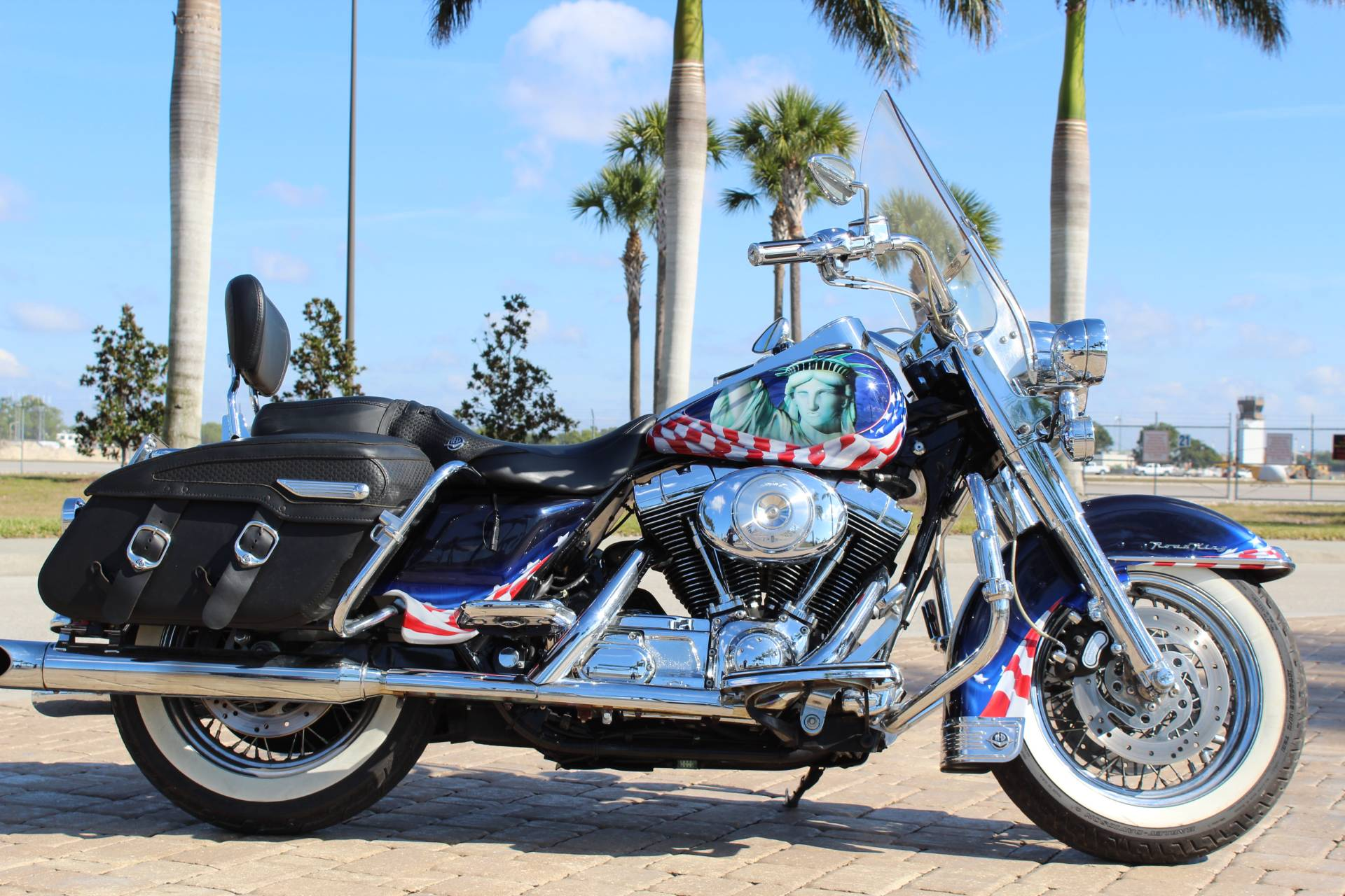 2002 Harley-Davidson FLHR/FLHRI Road King® in Fort Myers, Florida