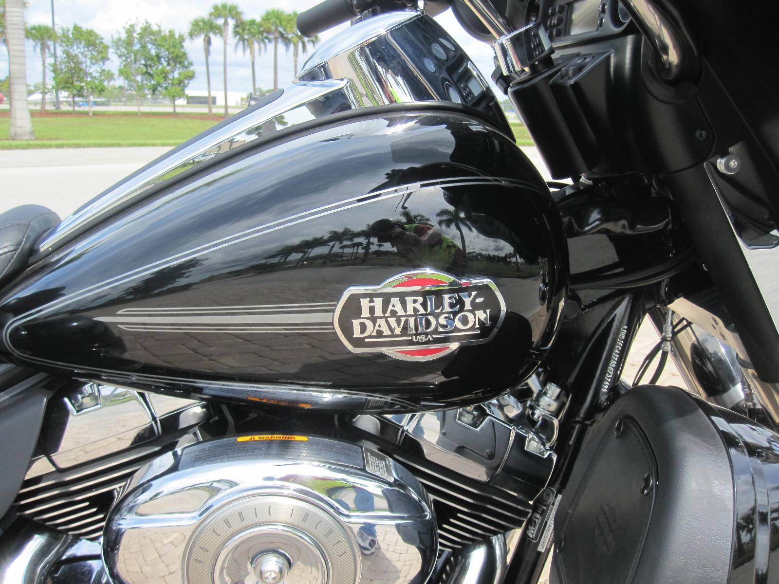 2010 Harley-Davidson California Sidecar  in Fort Myers, Florida