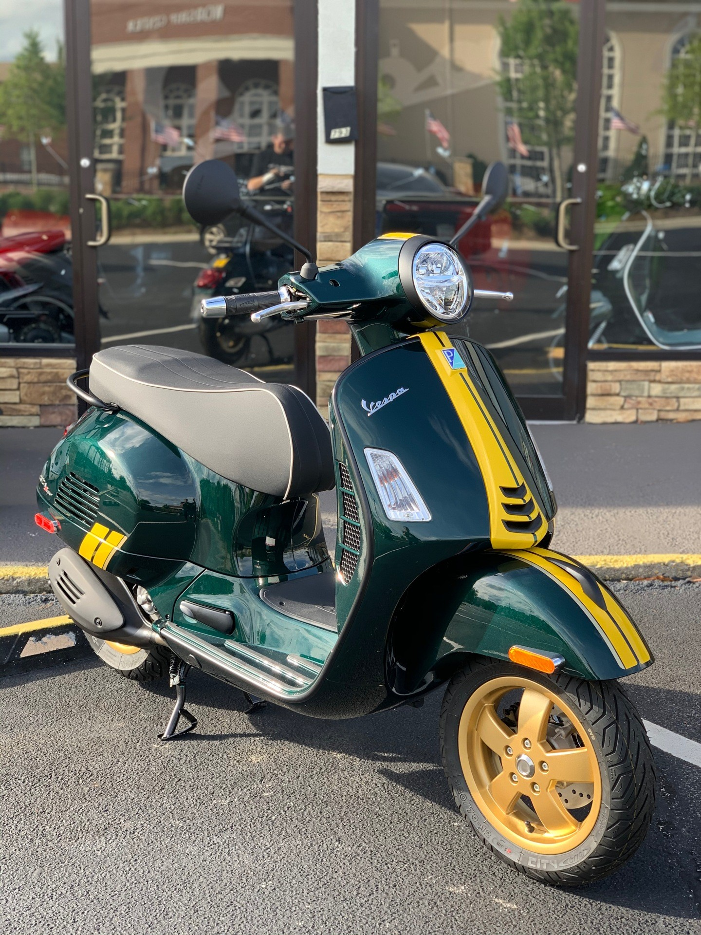 2021 Vespa GTS Super Racing Sixties 300 HPE in Marietta, Georgia - Photo 2