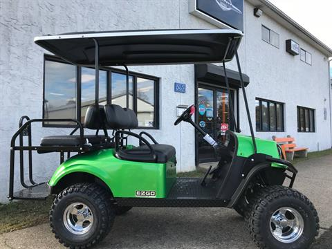 2018 E-Z-Go Express S4 Electric in Trevose, Pennsylvania