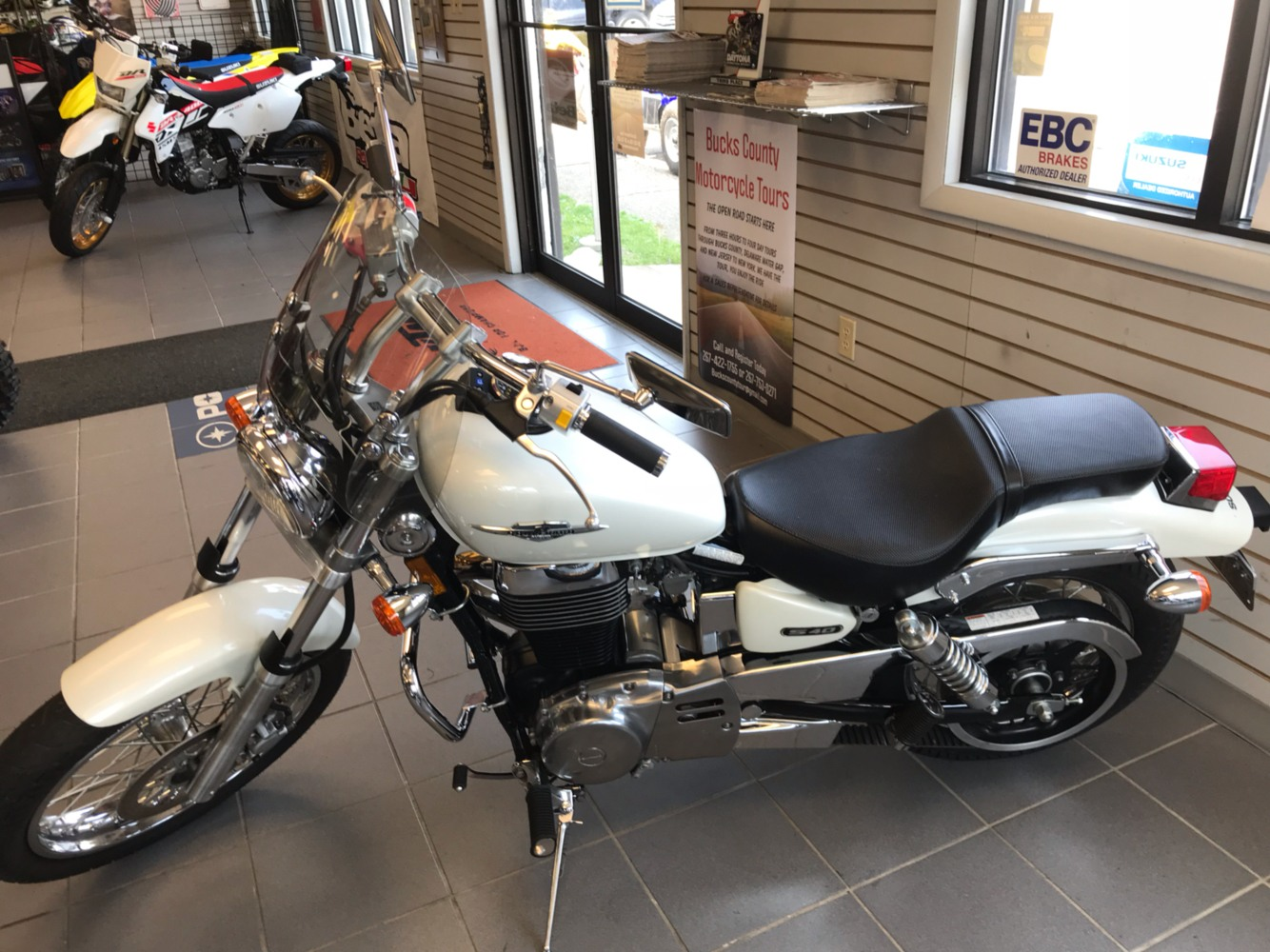 2007 Suzuki Boulevard S40 in Trevose, Pennsylvania - Photo 2