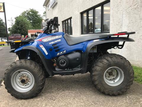 2000 Polaris Magnum 325 2X4 in Trevose, Pennsylvania