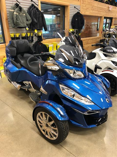 2019 Can-Am Spyder RT Limited in Montrose, Pennsylvania - Photo 2