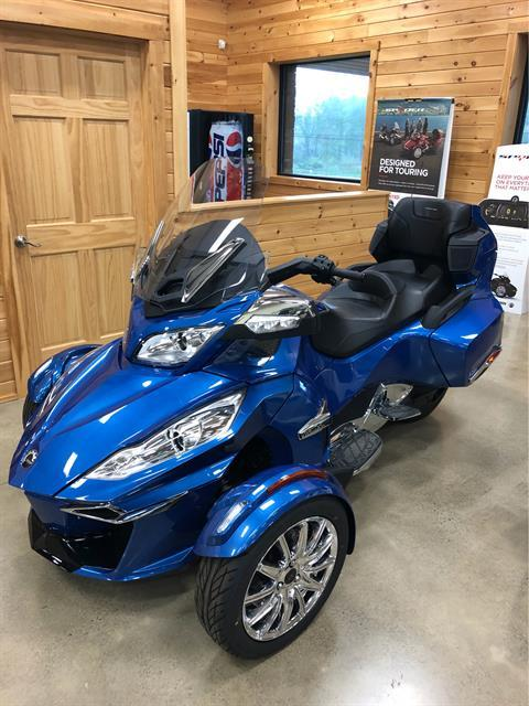 2019 Can-Am Spyder RT Limited in Montrose, Pennsylvania - Photo 5