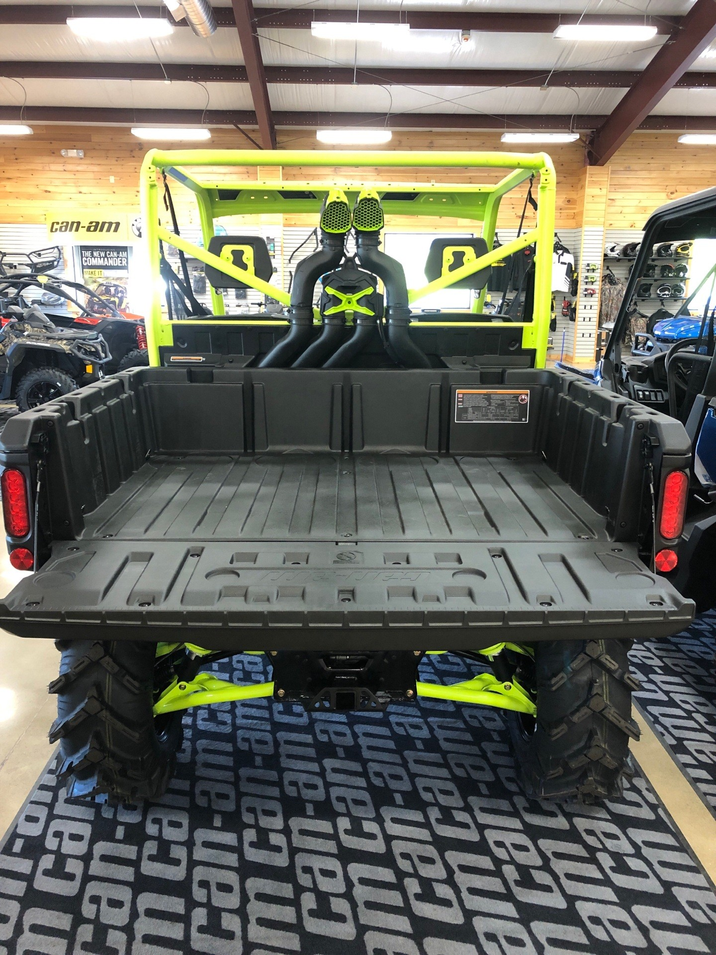 2021 Can-Am Defender X MR HD10 in Montrose, Pennsylvania - Photo 5