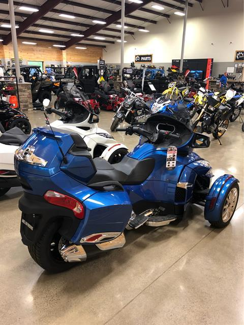 2018 Can-Am Spyder RT Limited in Montrose, Pennsylvania - Photo 3
