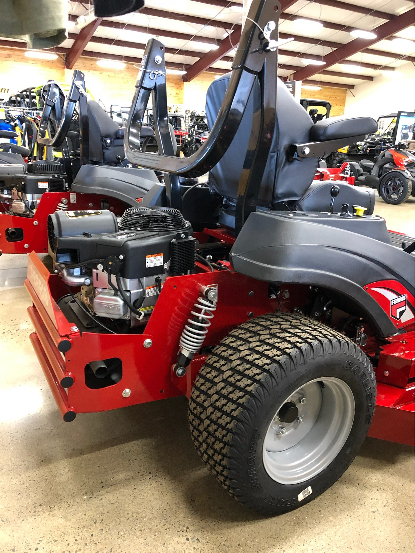 2020 Ferris Industries ISX 800 61 in. Briggs & Stratton Commercial 27 hp in Montrose, Pennsylvania - Photo 4