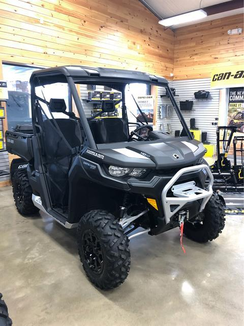 2020 Can-Am Defender XT-P HD10 in Montrose, Pennsylvania - Photo 1