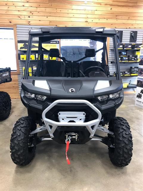 2020 Can-Am Defender XT-P HD10 in Montrose, Pennsylvania - Photo 2