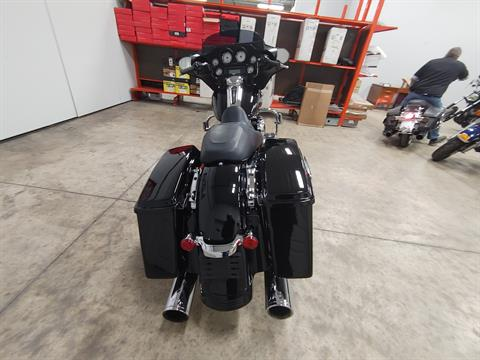 2012 Harley-Davidson Street Glide® in Sandusky, Ohio - Photo 9