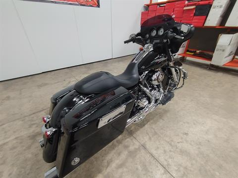 2012 Harley-Davidson Street Glide® in Sandusky, Ohio - Photo 10