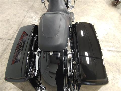 2012 Harley-Davidson Street Glide® in Sandusky, Ohio - Photo 11
