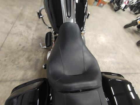 2012 Harley-Davidson Street Glide® in Sandusky, Ohio - Photo 12