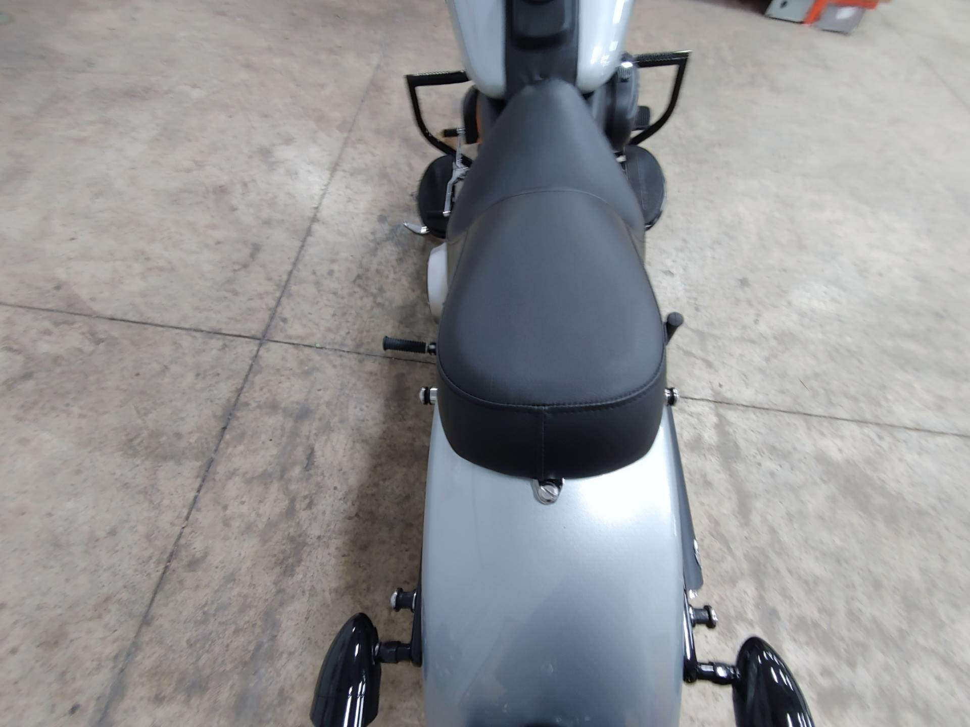 2012 Harley-Davidson Softail® Fat Boy® Lo in Sandusky, Ohio - Photo 11