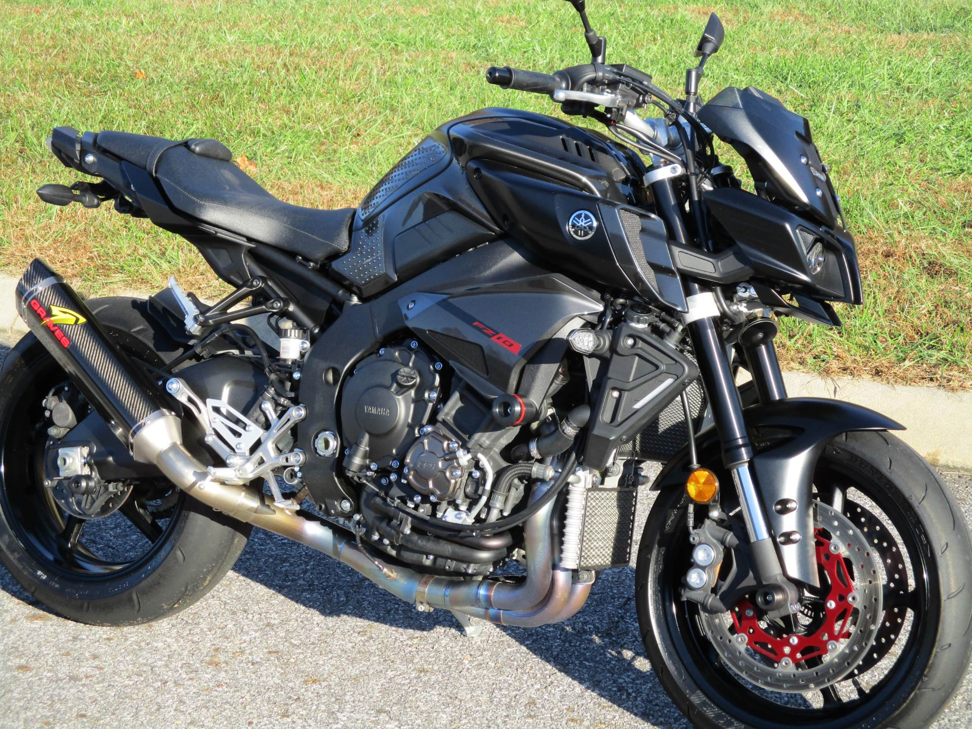 2017 Yamaha FZ-10 in Wilkesboro, North Carolina