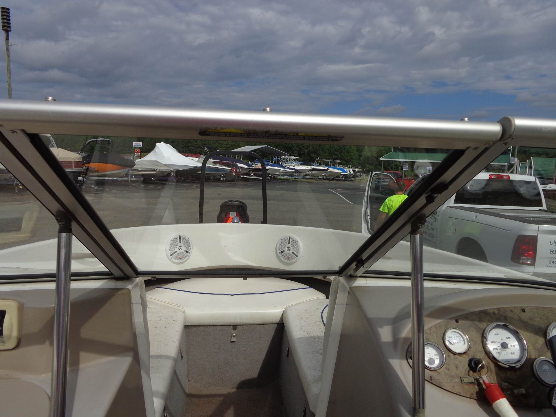 2003 Bayliner 2150 Classic in Mineral, Virginia - Photo 24