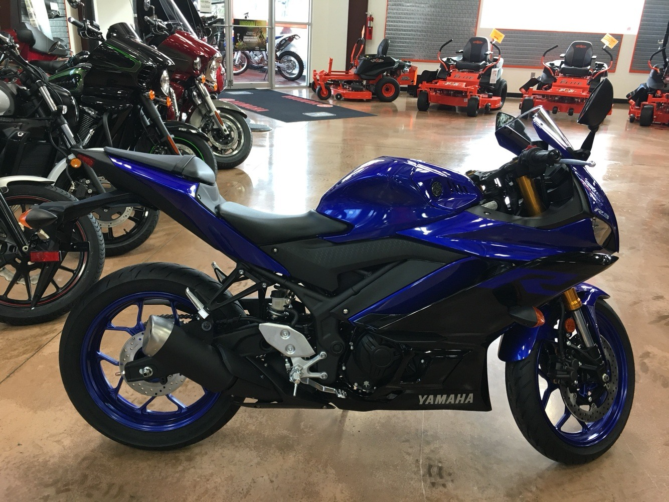 2019 Yamaha YZF-R3 3