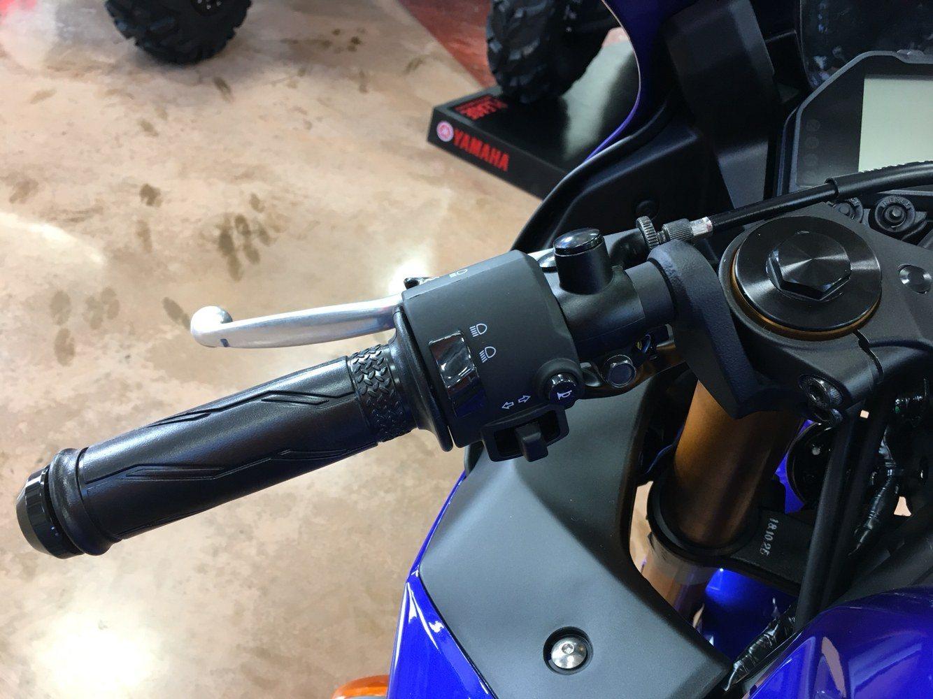 2019 Yamaha YZF-R3 12
