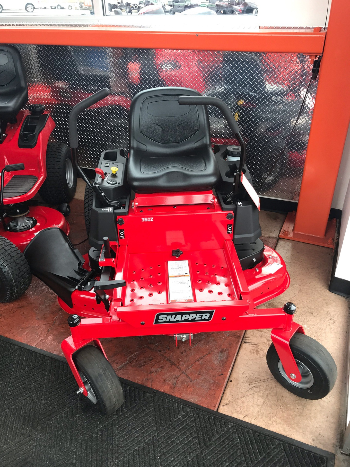 2019 Snapper 360Z 46 in. Briggs & Stratton 23 hp in Evansville, Indiana - Photo 1