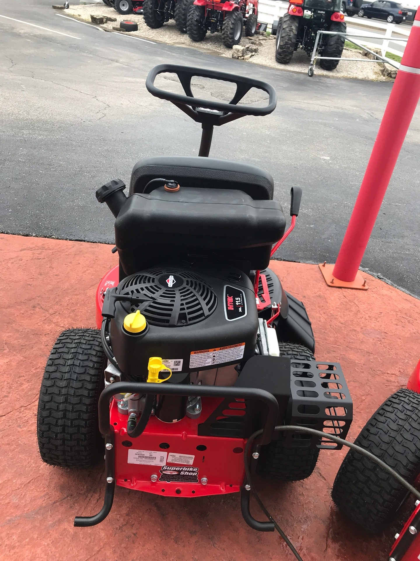 2019 Snapper Classic Rear Engine Riding Lawn Mower in Evansville, Indiana - Photo 4