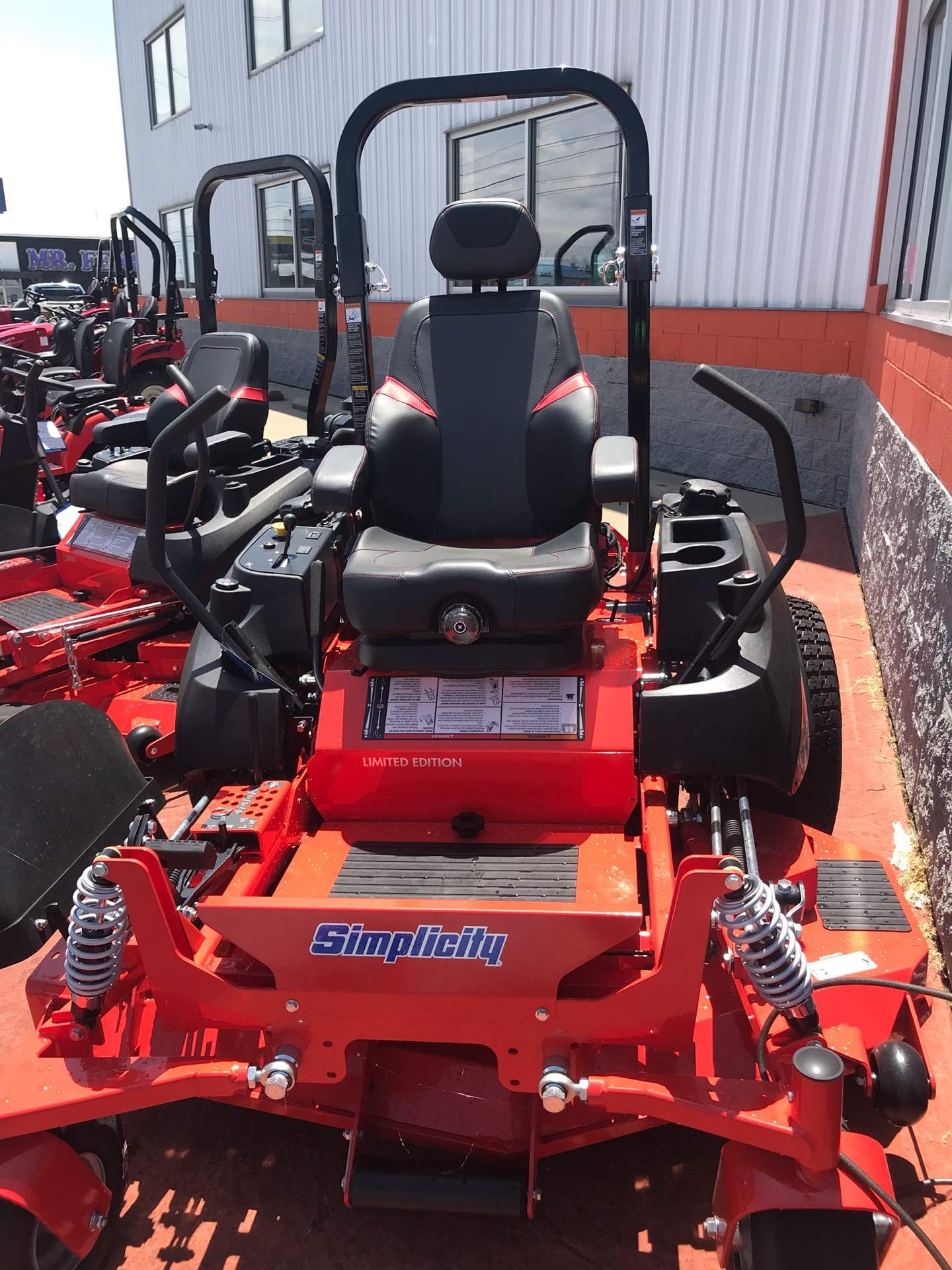 2019 Simplicity Limited Edition 61 in. Briggs & Stratton Vanguard 993 cc EFI in Evansville, Indiana - Photo 1
