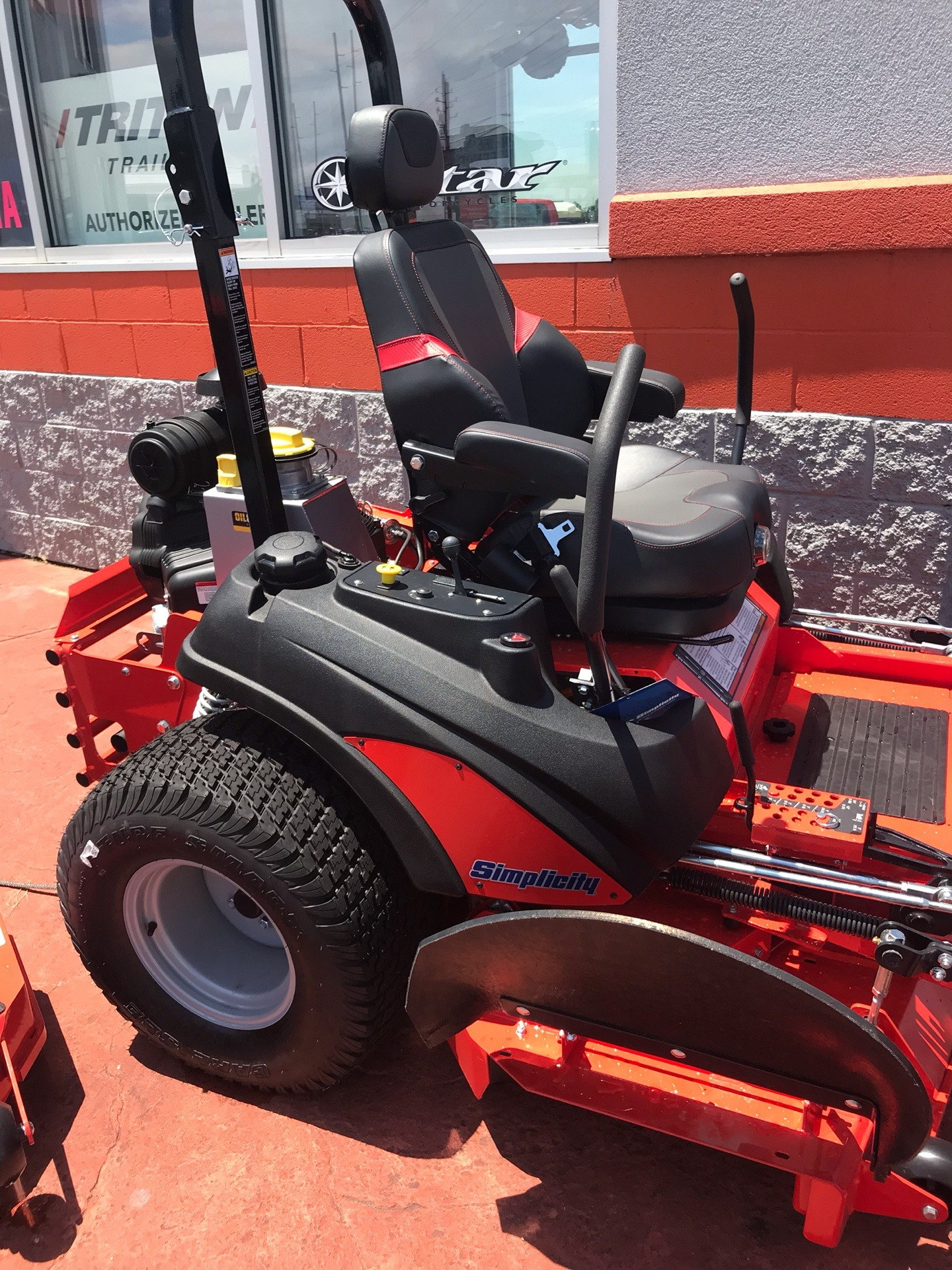 2019 Simplicity Limited Edition 61 in. Briggs & Stratton Vanguard 993 cc EFI in Evansville, Indiana - Photo 3