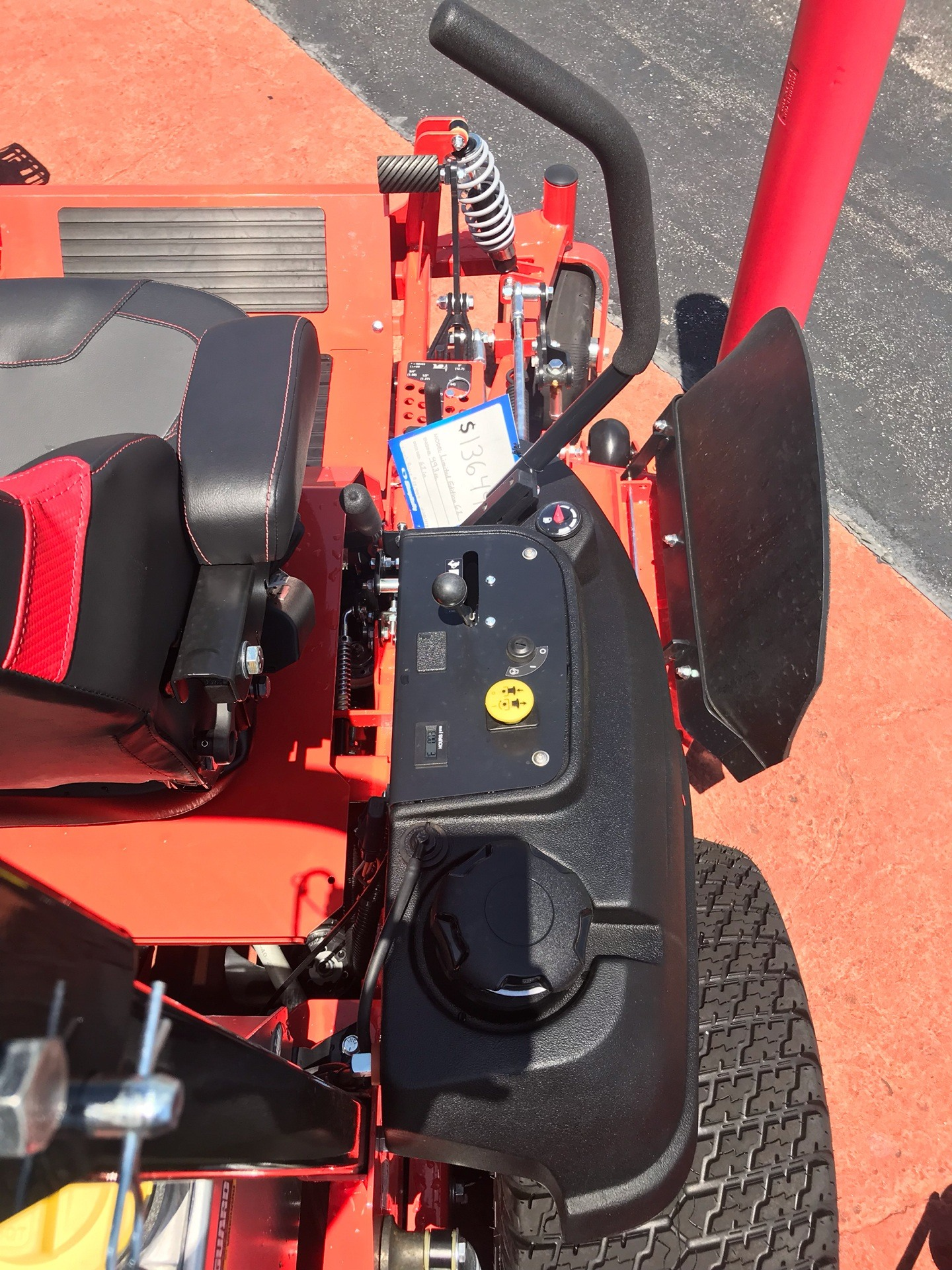 2019 Simplicity Limited Edition 61 in. Briggs & Stratton Vanguard 993 cc EFI in Evansville, Indiana - Photo 8