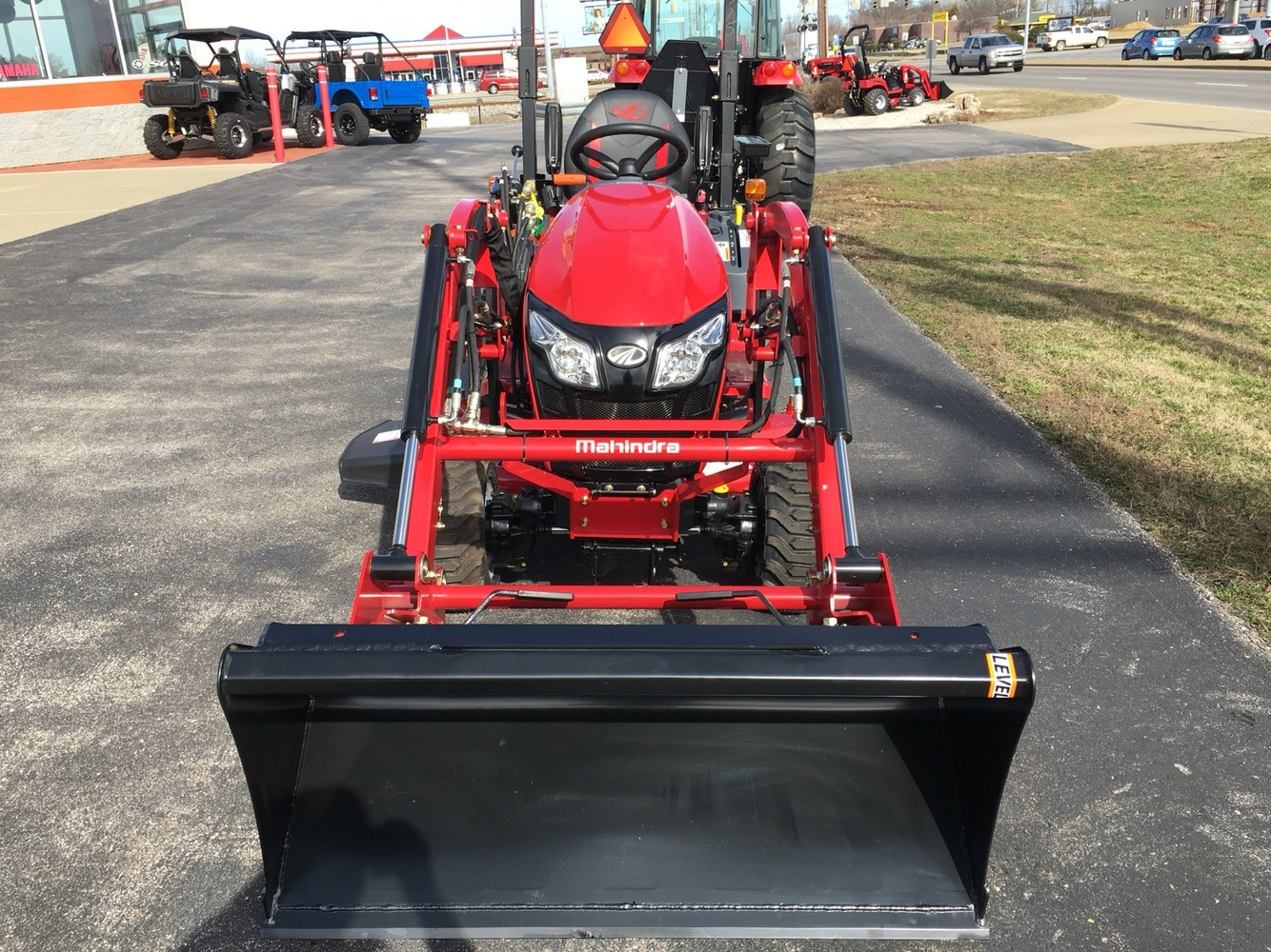 2019 Mahindra eMax 20S HST in Evansville, Indiana - Photo 8