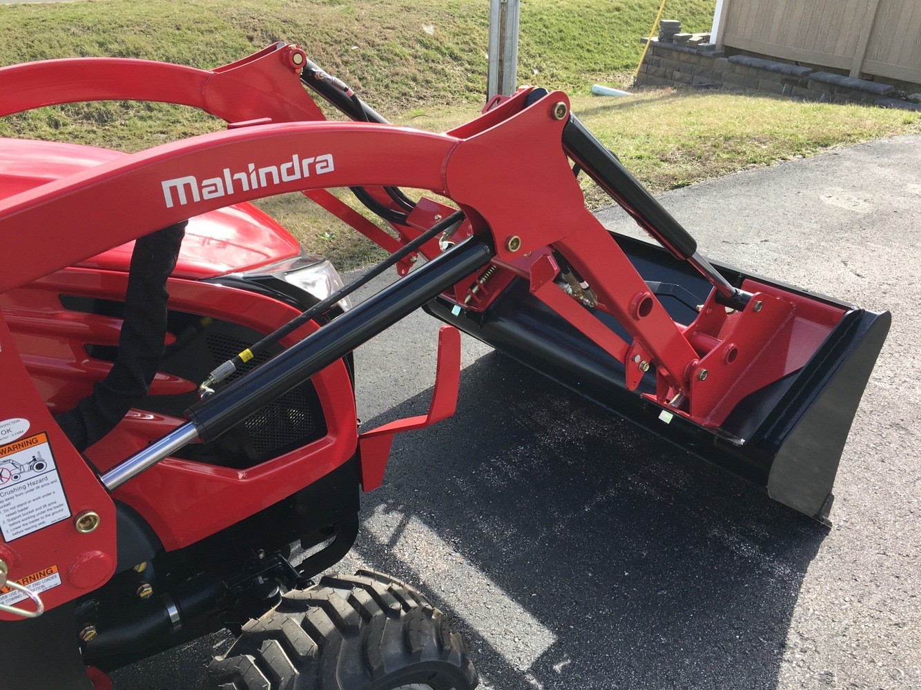 2019 Mahindra eMax 20S HST in Evansville, Indiana - Photo 10