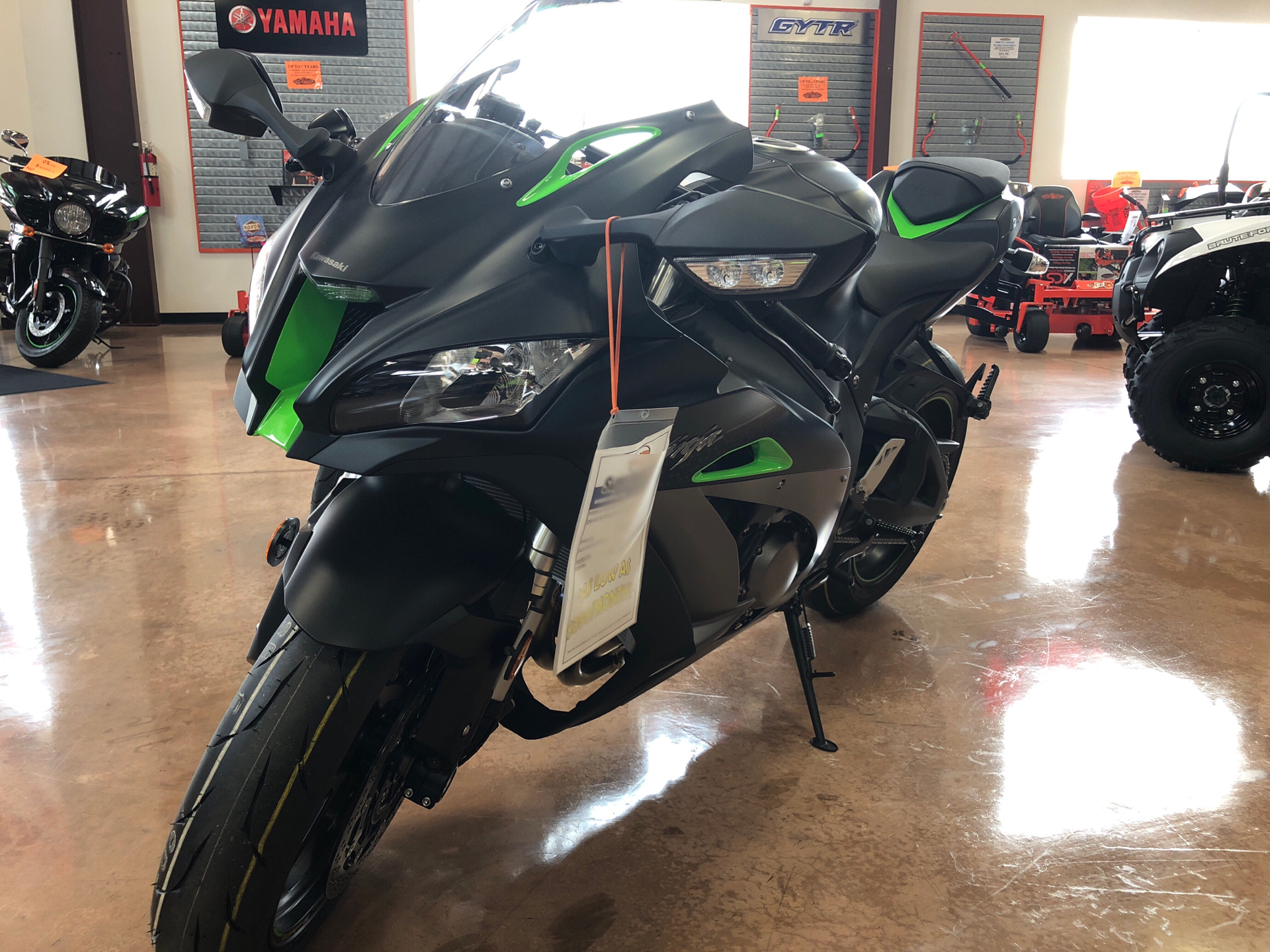 2018 Kawasaki Ninja ZX-10R SE in Evansville, Indiana - Photo 2
