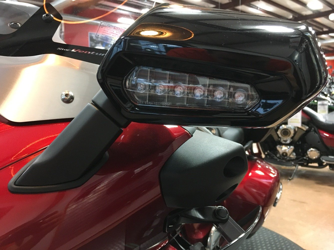 2018 Yamaha Star Venture in Evansville, Indiana - Photo 17