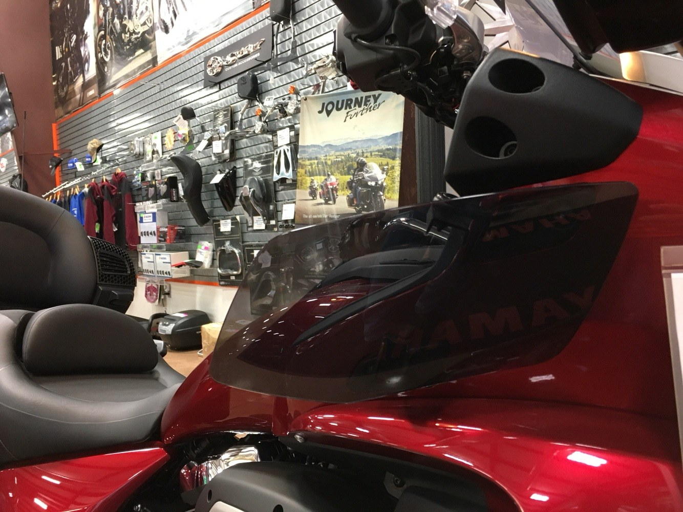 2018 Yamaha Star Venture in Evansville, Indiana - Photo 18