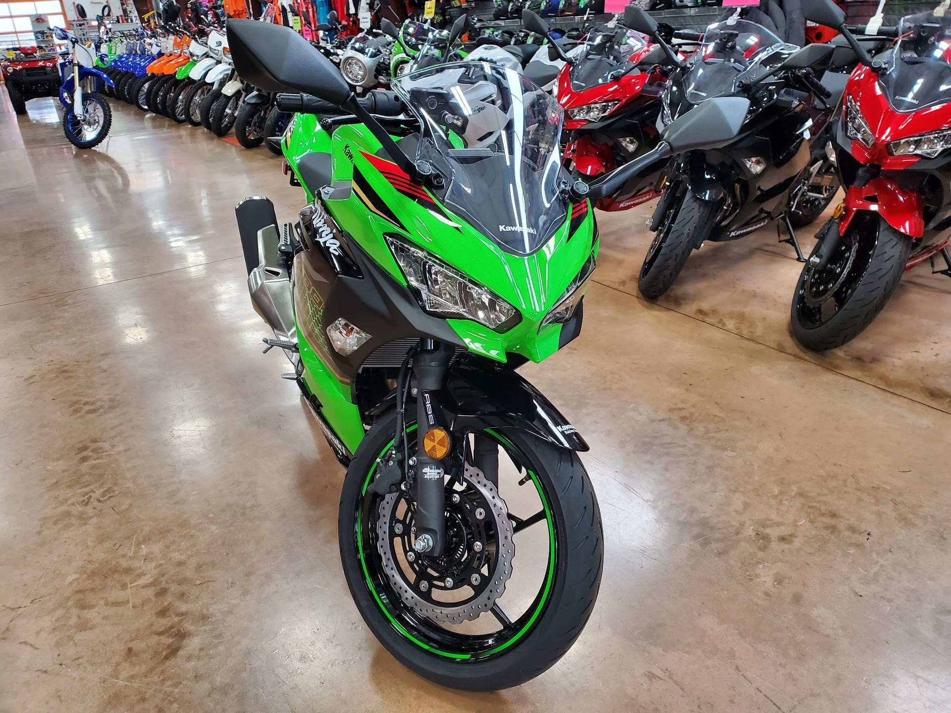2020 Kawasaki Ninja 400 KRT Edition in Evansville, Indiana - Photo 3