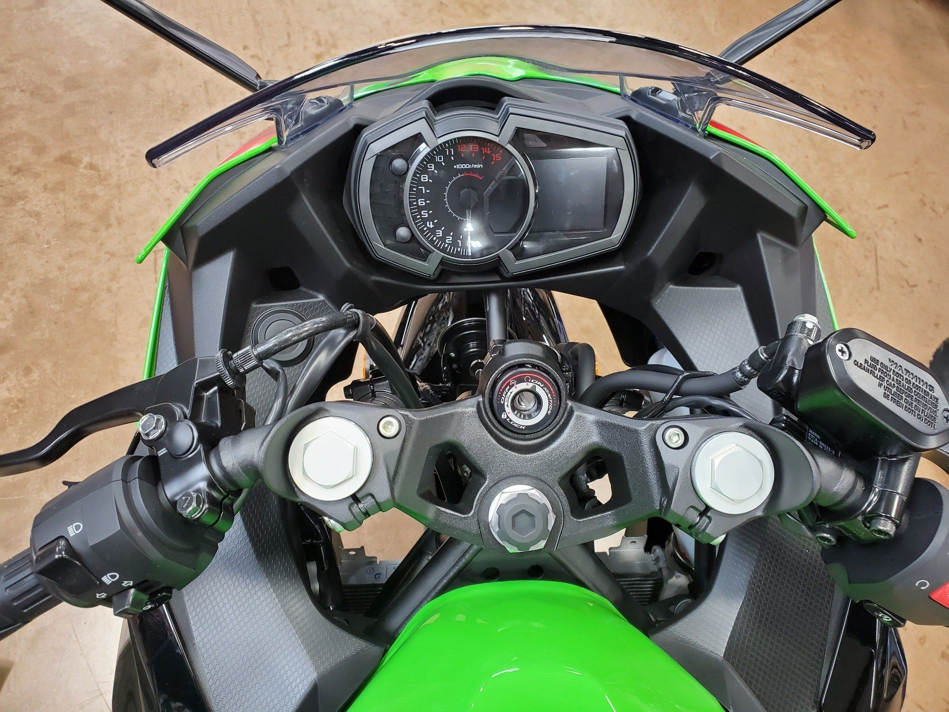 2020 Kawasaki Ninja 400 KRT Edition in Evansville, Indiana - Photo 9