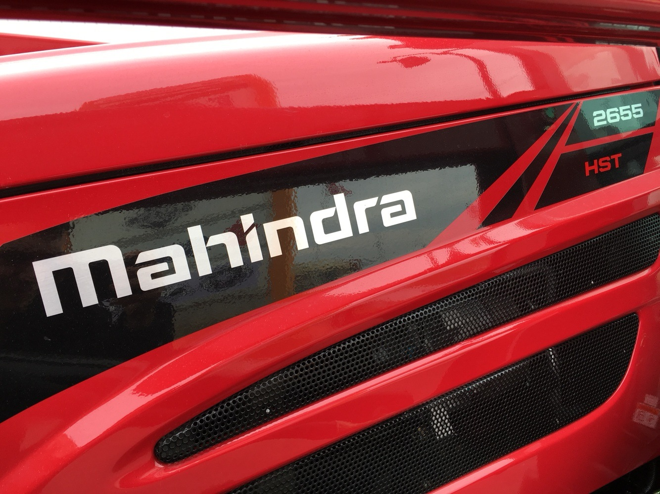 2019 Mahindra 2655 HST Cab in Evansville, Indiana - Photo 9
