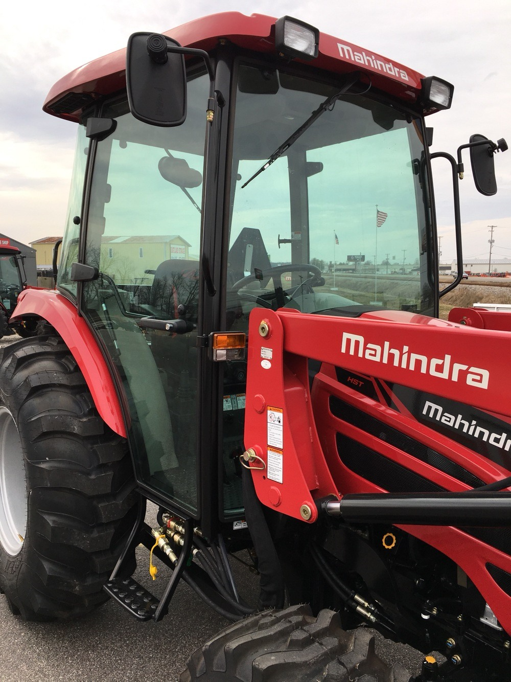 2019 Mahindra 2655 HST Cab in Evansville, Indiana - Photo 16