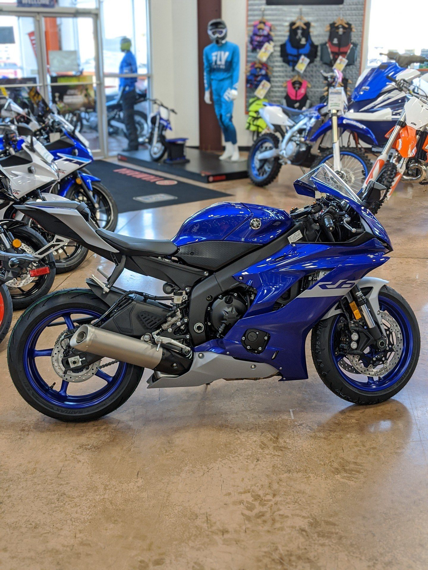2020 Yamaha YZF-R6 1