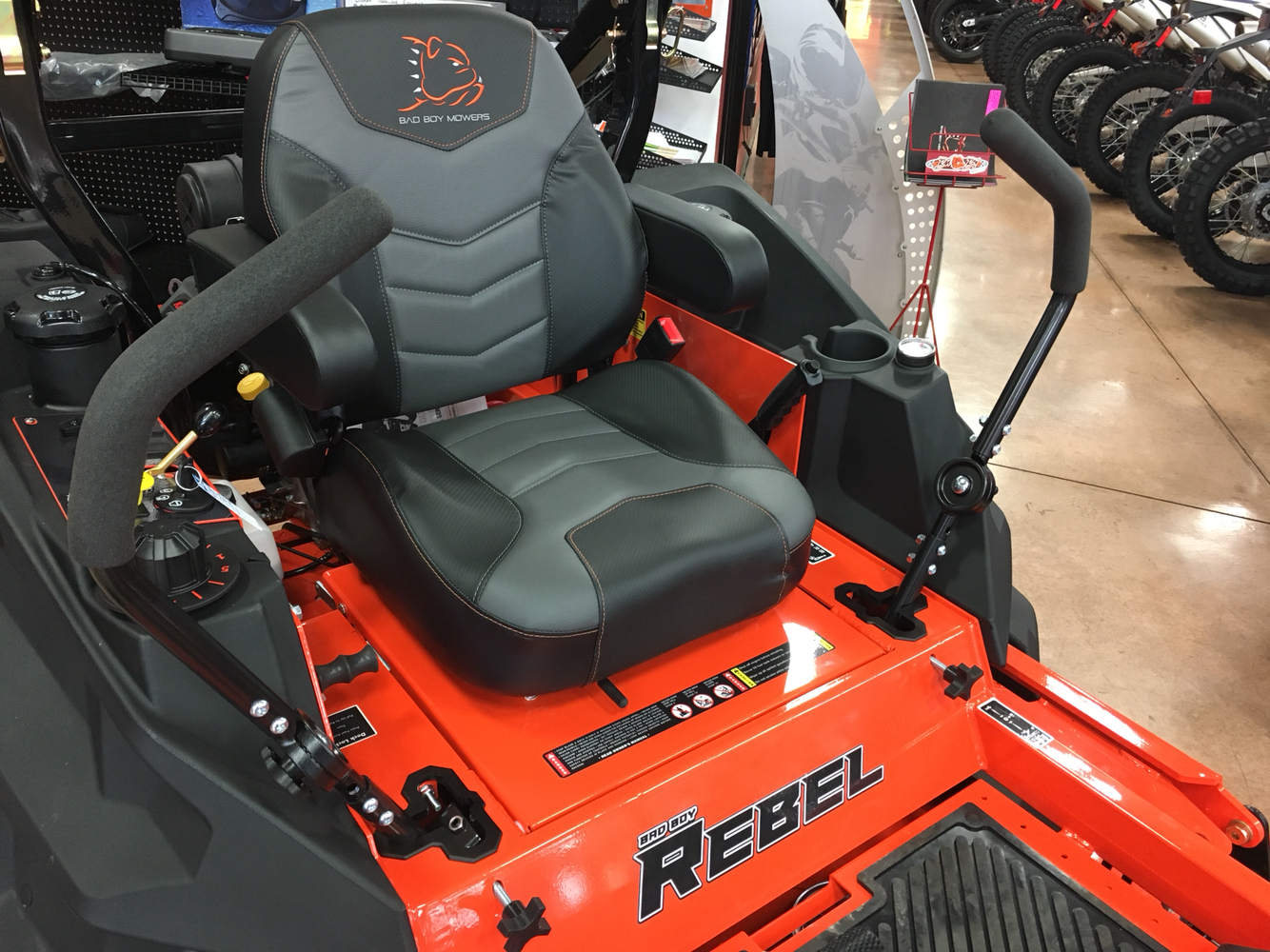 2019 Bad Boy Mowers 6100 Kawasaki FX Rebel in Evansville, Indiana - Photo 7