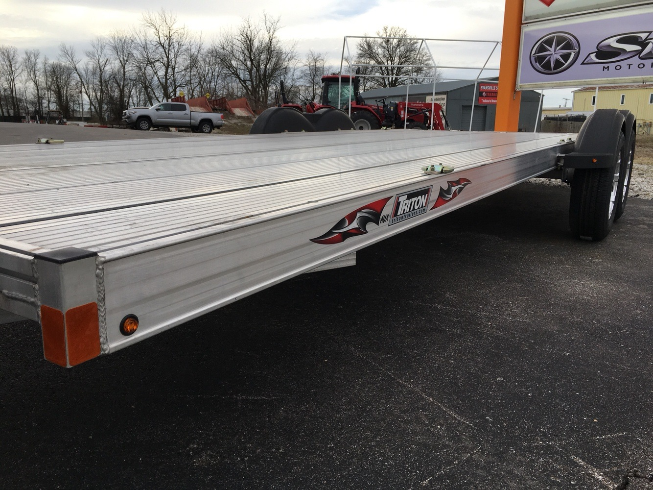 2017 Triton Trailers AUX2282-SPORT in Evansville, Indiana - Photo 5