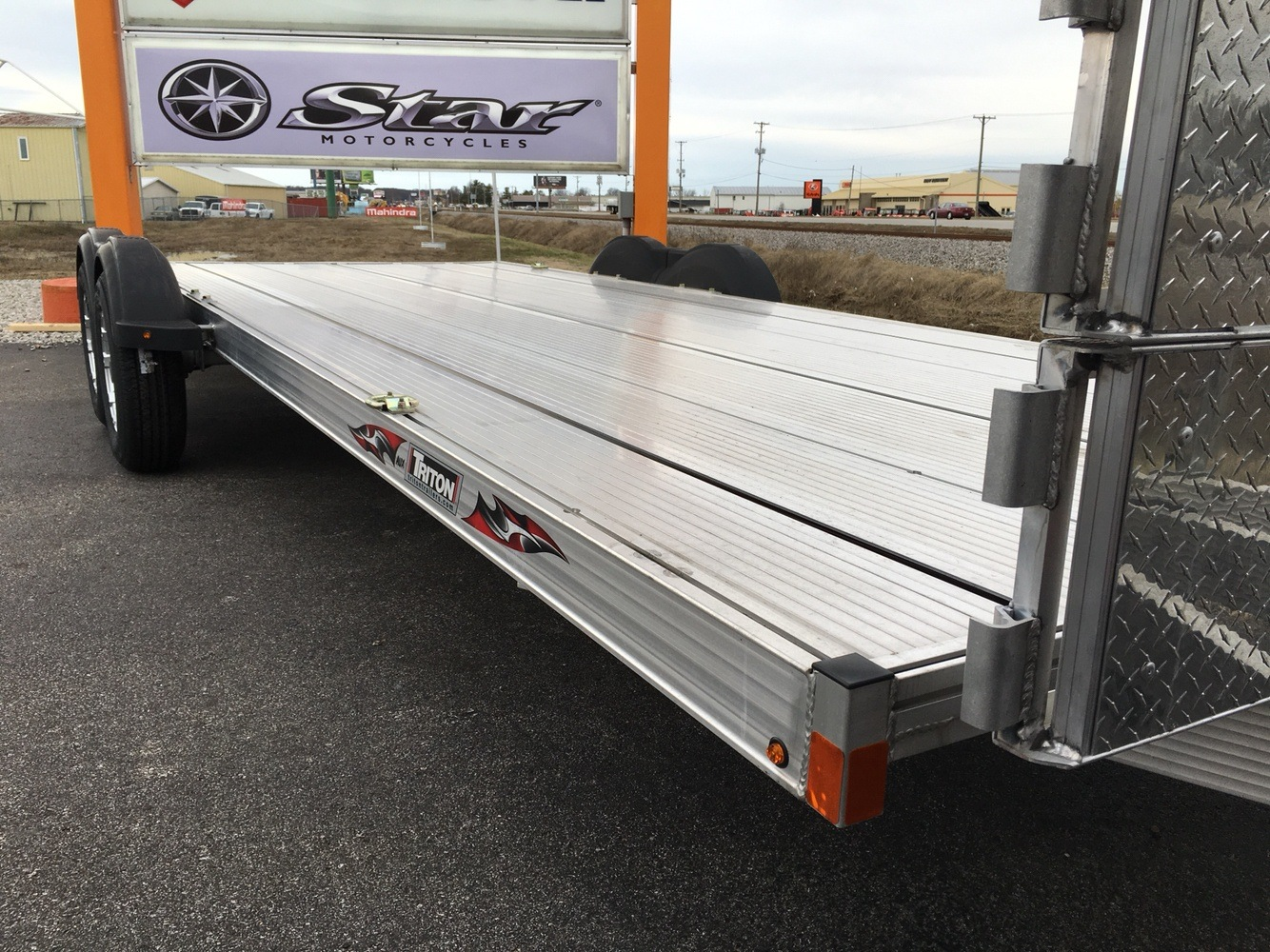 2017 Triton Trailers AUX2282-SPORT in Evansville, Indiana - Photo 12