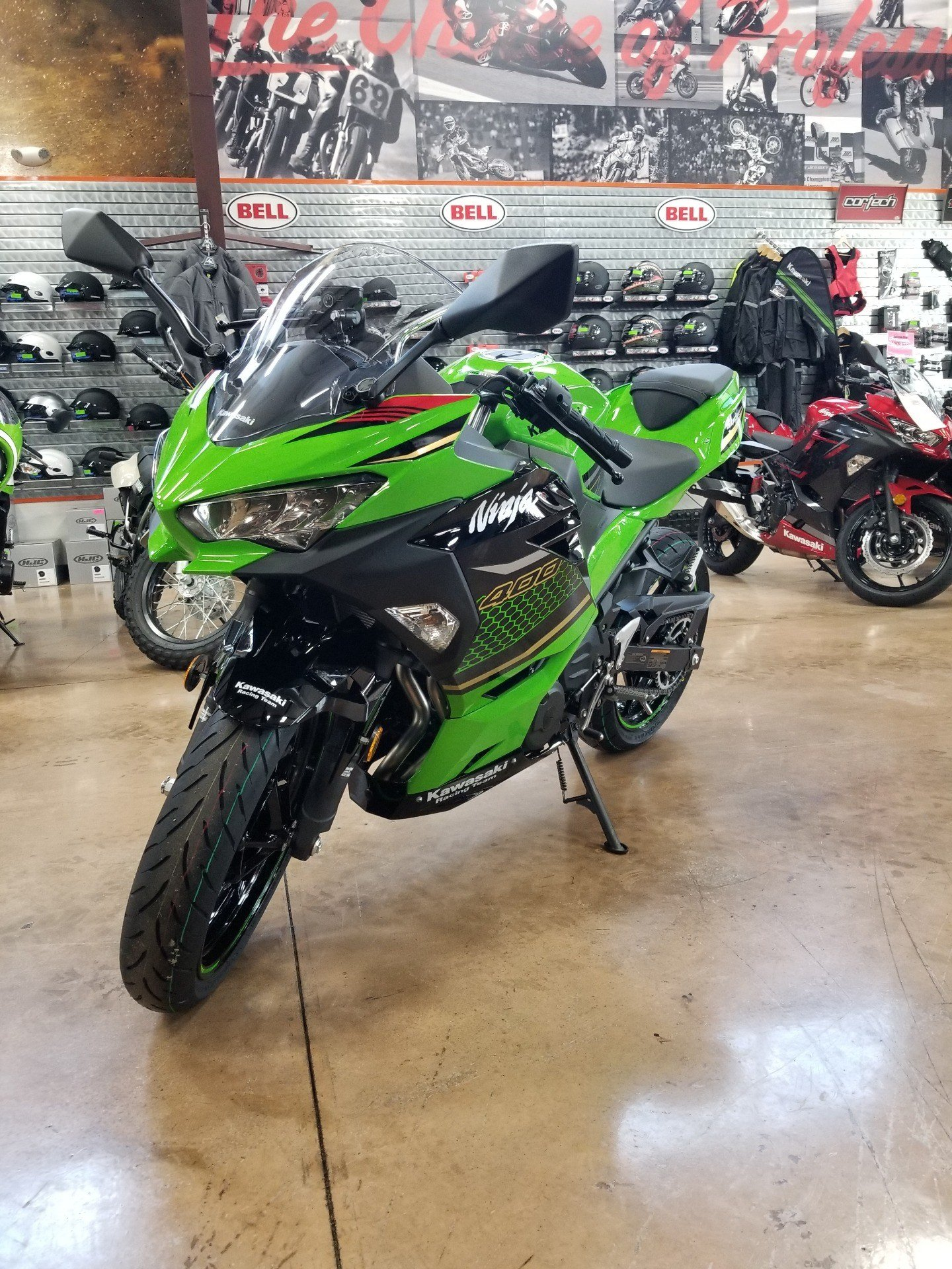 2020 Kawasaki Ninja 400 ABS KRT Edition in Evansville, Indiana - Photo 4