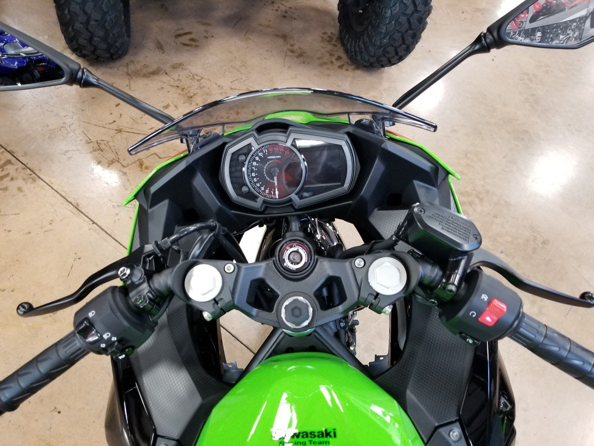 2020 Kawasaki Ninja 400 ABS KRT Edition in Evansville, Indiana - Photo 5
